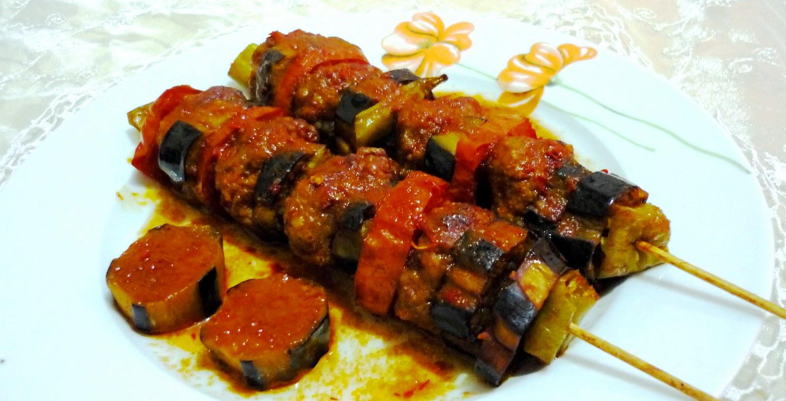 Oktay Usta'dan Patlıcan Köfte Tarifi